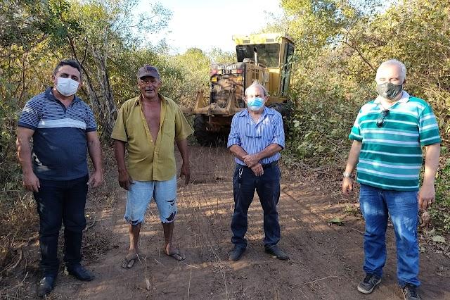 Prefeitura executa mais uma etapa de reconstrução de estradas na zona rural de Campo Maior