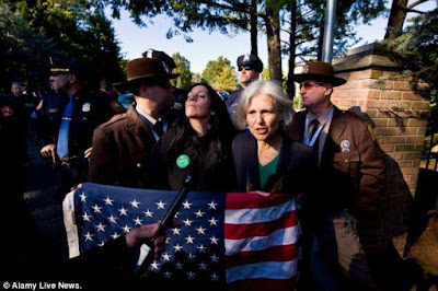 Jill-and%2BCheri-arrest.jpg
