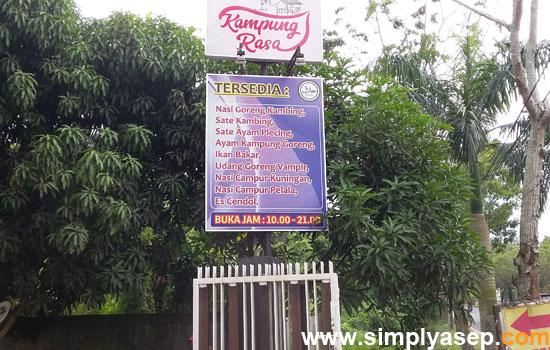 KAMPUNG RASA : Dengan mengusung konsep alam pedesan RM Kampung Rasa Ayani 2 Supadio ini bisa menjadi pilihan pengunjung saat berada di Pontianak dan sekitarnya.   Foto Asep Haryono