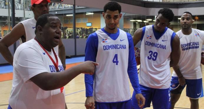 El regreso de Ramón y Báez da solidez a Dominicana contra Islas Vírgenes