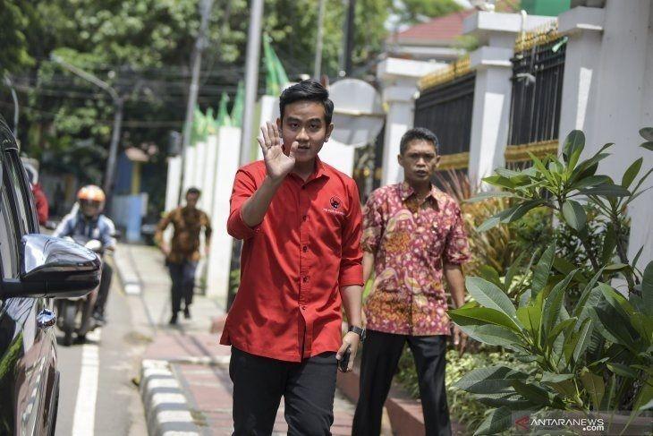 Gibran Dikabarkan Bakal Naik Jadi Gubernur DKI, PDIP: Dia Tak Punya Keistimewaan, Kami Punya Banyak Stok Lain