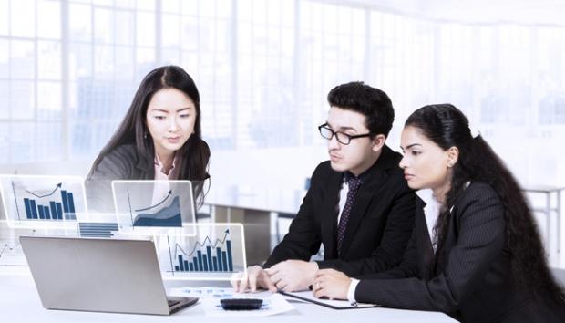 Talenta-x-Glints:-Kenali-Strategi-Memenangkan-Bisnis-dengan-Teknologi-HR