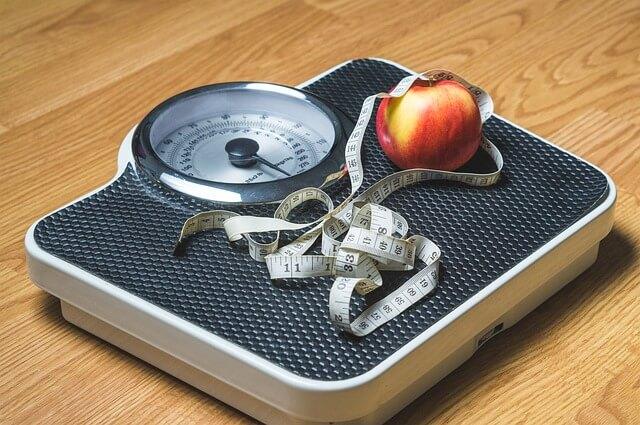 7 Jenis Buah Yang Bisa Membantu Turunkan Berat Badan