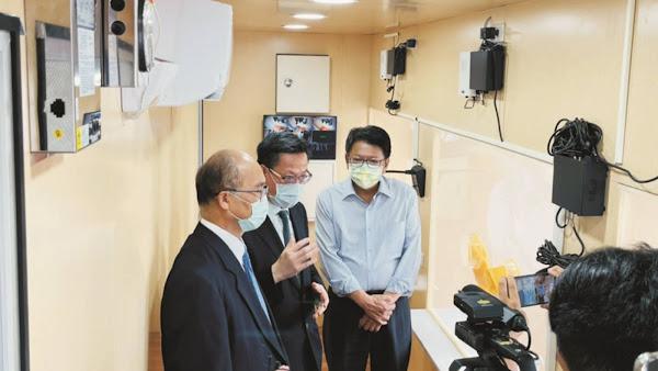 同島一命不忍屏醫高溫採檢 彰基醫院捐贈移動式空調篩檢站