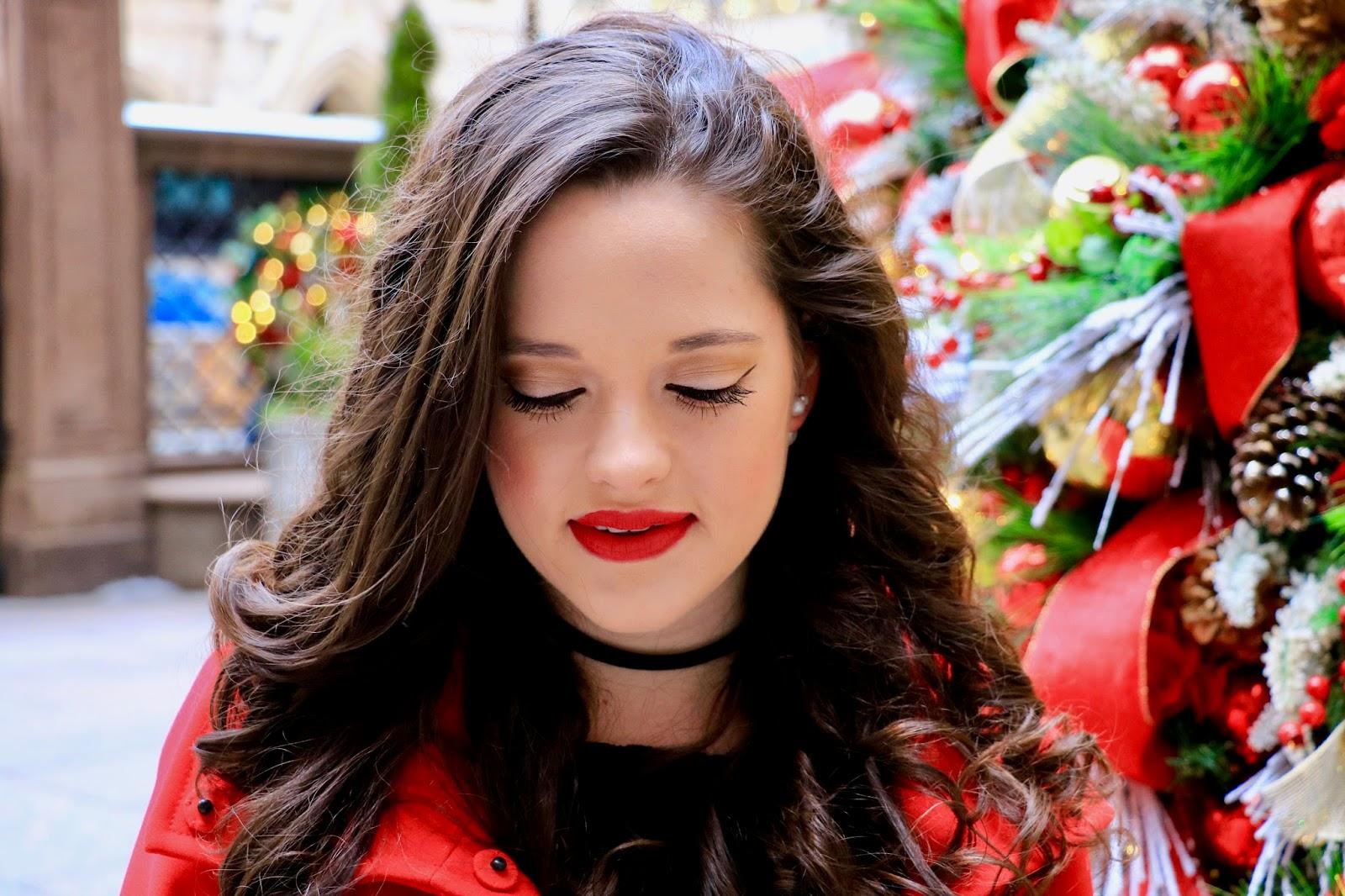 beauty blogger holiday makeup