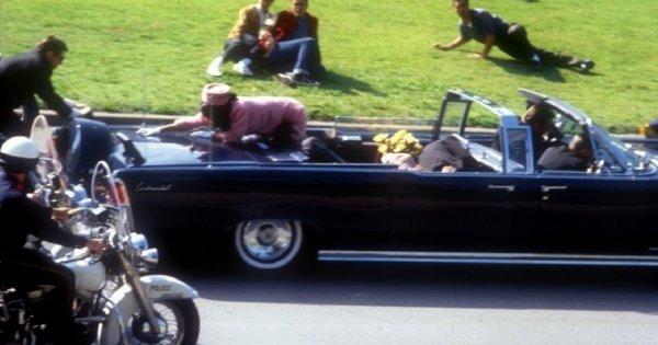 Nέα θεωρία για την δολοφονία του Τ.Κένεντι: Τον σκότωσε η Τζάκι! - 55 χρόνια μετά ψάχνουν τον πραγματικό δολοφόνο