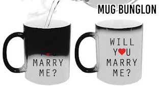Mug bunglon merupakan salah satu inspirasi kado unik untuk orang yang tersayang di hari valentine