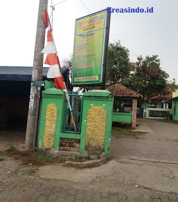 Jasa Pembuatan Neon Box dan Berikut Tiangnya di Jabodetabek