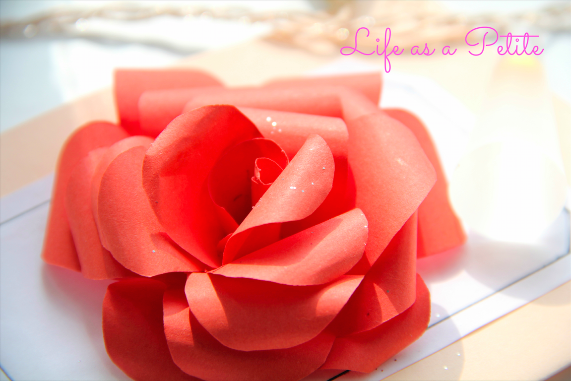 DIY Gift Idea: Paper Rose (Life as a Petite)