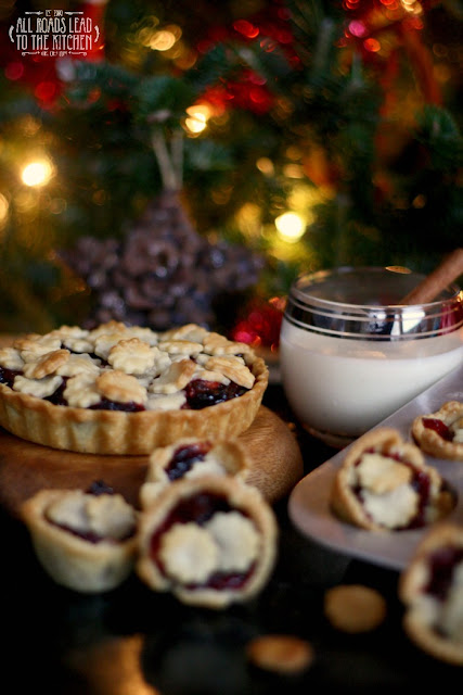 (Almost) Nigella's Mini Cranberry Mince Pies