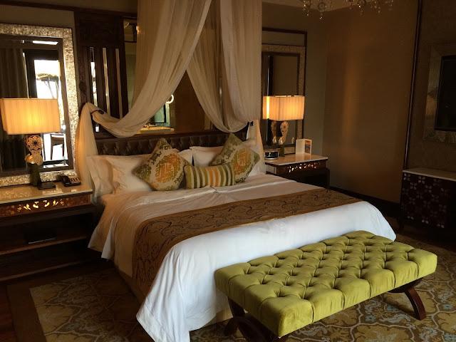 The St. Regis Bali Resortのベッドルームの写真