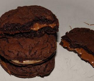 Μαλακά μπισκότα γεμιστά με nutella