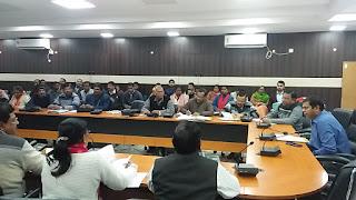 dc-jamshedpur-meeting-education
