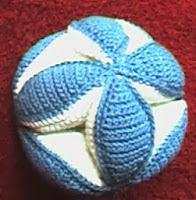http://www.allcrafts.net/crochetsewingcrafts.htm?url=web.archive.org/web/20021229011128/members.aol.com/lffunt/babyball.htm?mtbrand=AOL_US