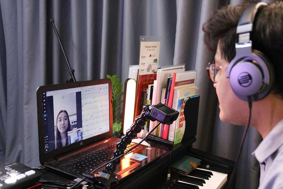 Adam Muzic dạy nhạc Online theo phương pháp Live Tutoring