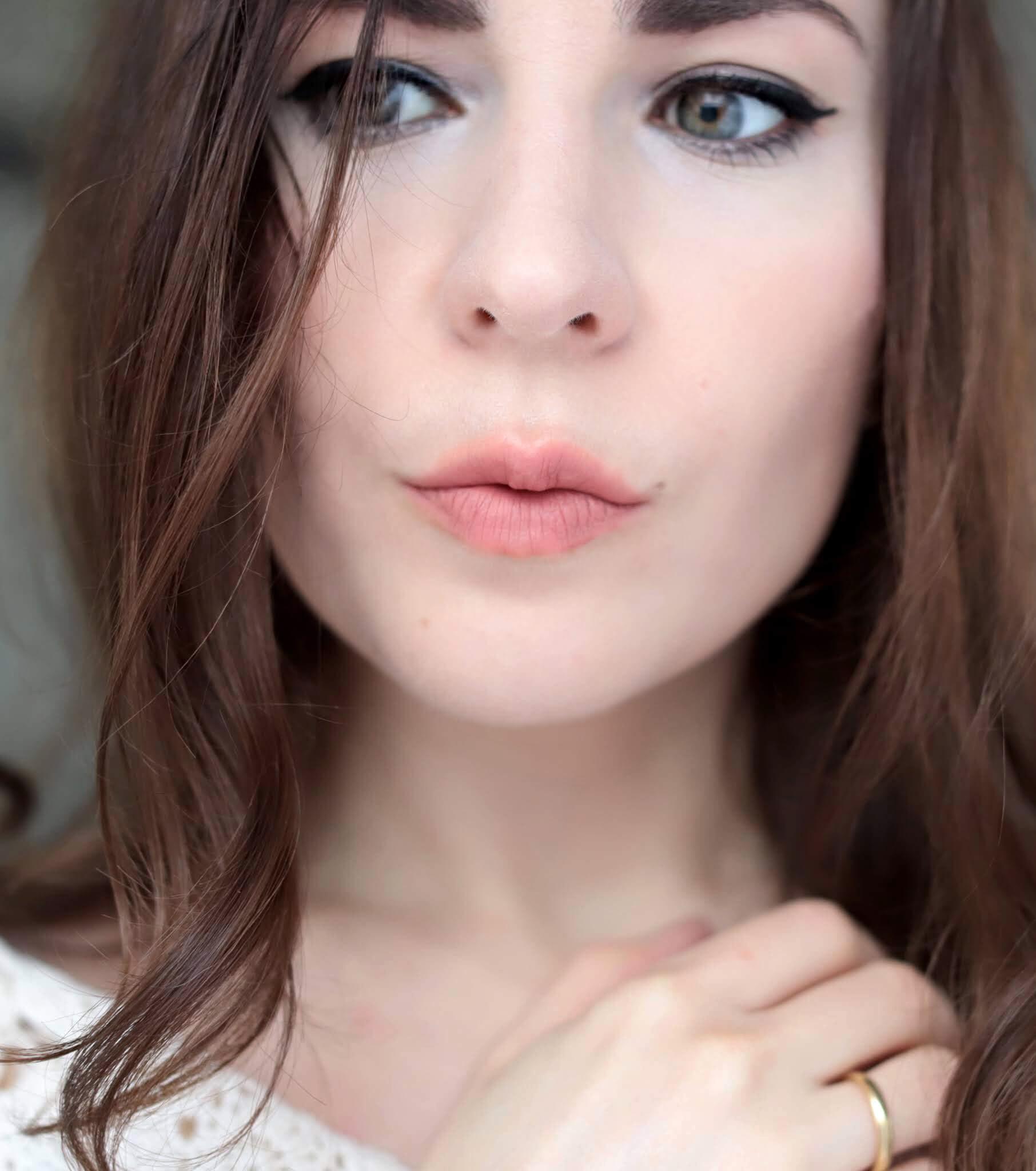 Nars Claudette Sheer Matte Lipstick Mathilde