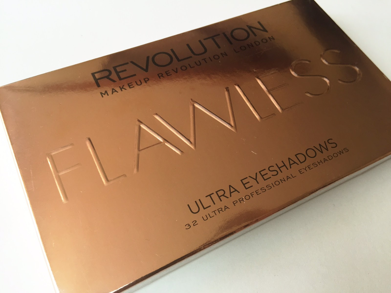 Makeup Revolution Flawless Palette