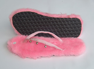 Sandal Bulu Jepit Krincing Warna Pink Soft Pink Muda