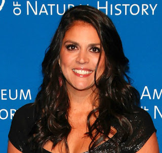 American comic artist, Cecily Strong