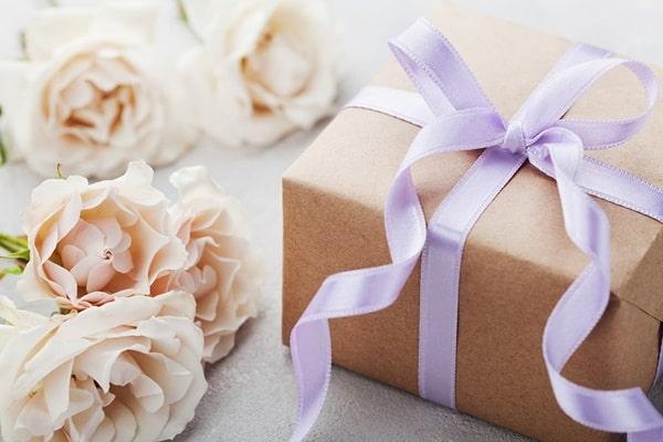 dicas para economizar nas lembrancinhas do casamento
