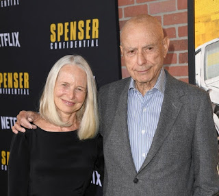 Suzanne Newlander Arkin with her husband Alan Arkin