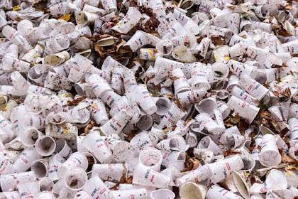 Mengapa Sampah Plastik Menjadi Musuh Lingkungan