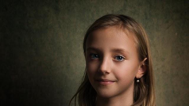 A rendőrök sértetlenül találták meg az eltűnt 13 éves kislányt