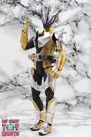 S.H. Figuarts Kamen Rider Thouser 18