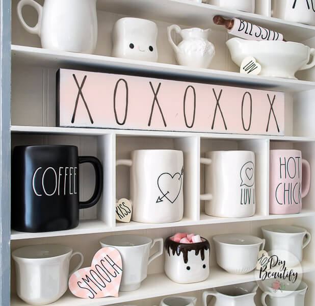 close up DIY mugs