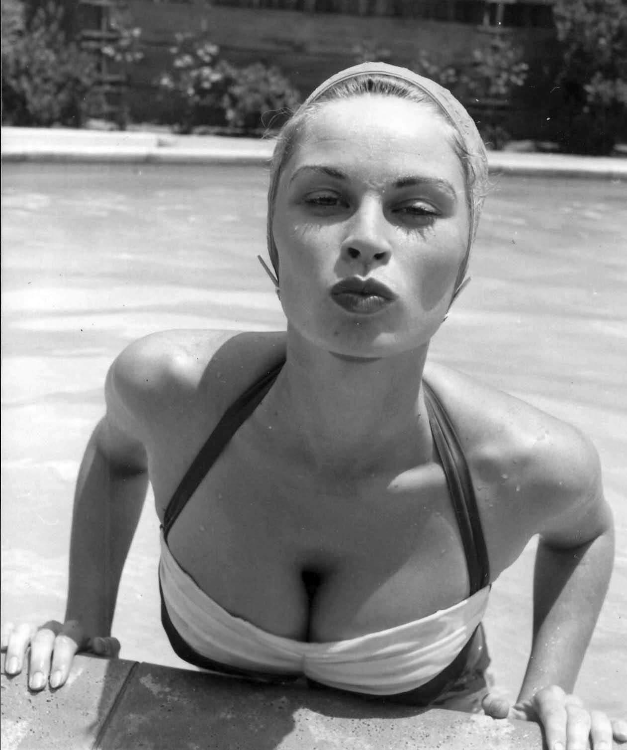 irish mccalla nude photo