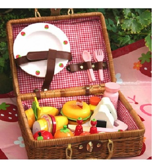 Mother Garden Picnic Playset Rattan Suitcase