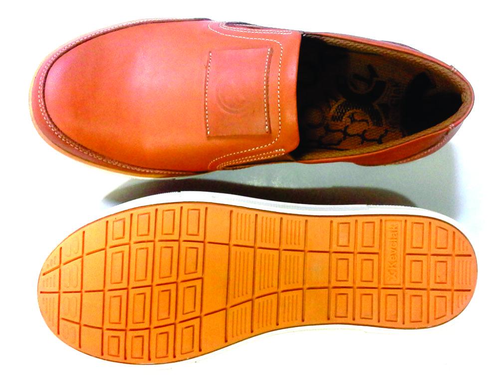 sepatu kulit pria branded
