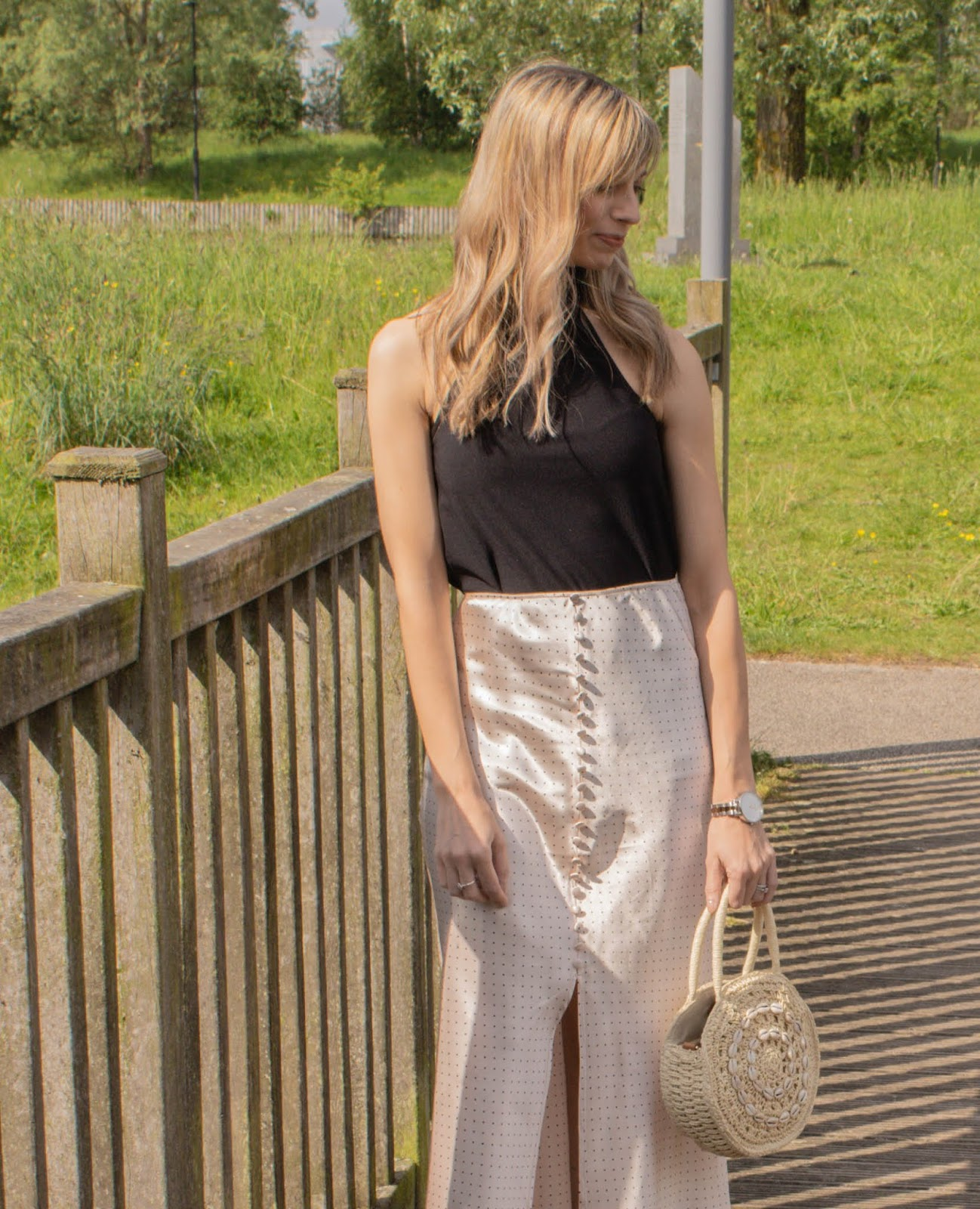 How to style the satin midi skirt for summer