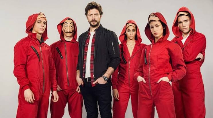 The red jumpsuit of series the money heist.