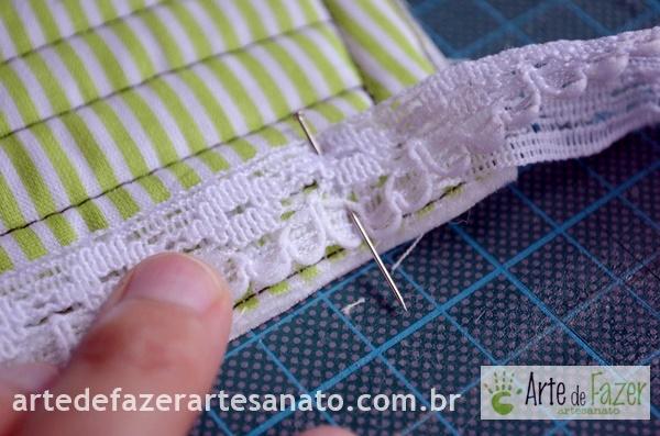 Busto costurando a rendinha | passo a passo para fazer o avental