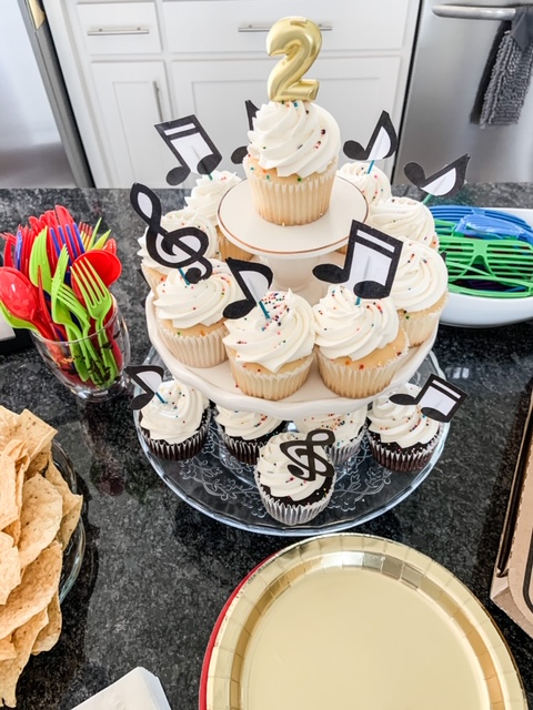 two legit to quit second birthday party ideas
