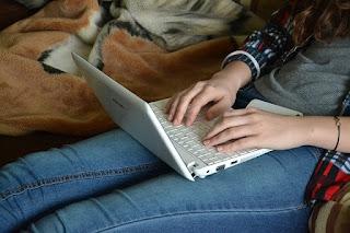 5 Pekerjaan Part Time di Rumah Hanya Modal Laptop