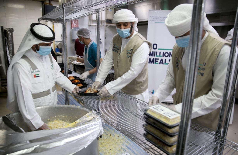 حملة 100 مليون وجبة تستكمل توزيع أكثر من 4.7 ملايين وجبة على اللاجئين في المخيمات بالأردن
