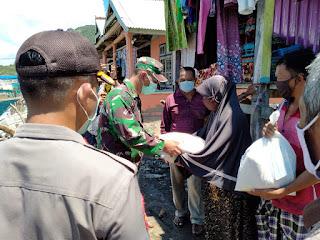 TNI-Polri Kabupaten Sumbawa Bagi Sembako