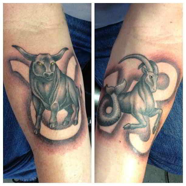 Tatuaje en antebrazos con tauro y capricornio