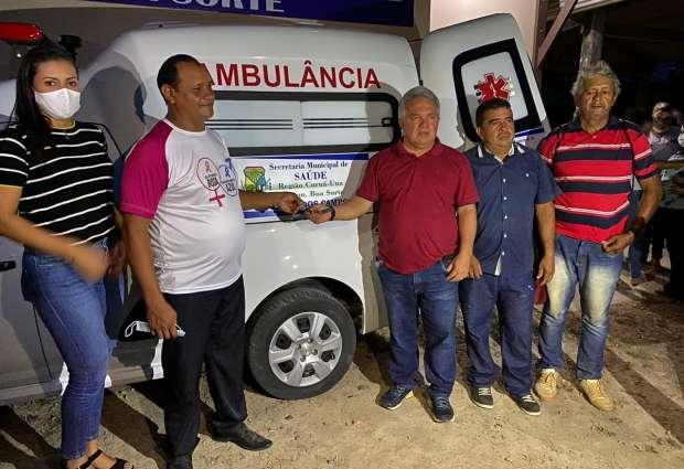 Comunidade de Boa Sorte recebe ambulância da Prefeitura de Mojuí dos Campos