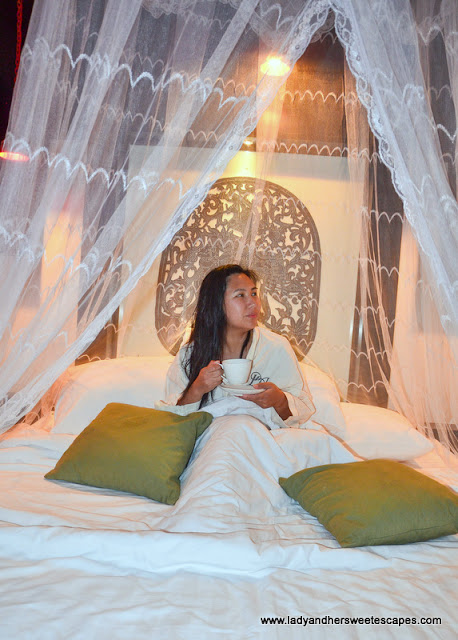 a bed fit for a Khmer Princess in Diamond D' Angkor