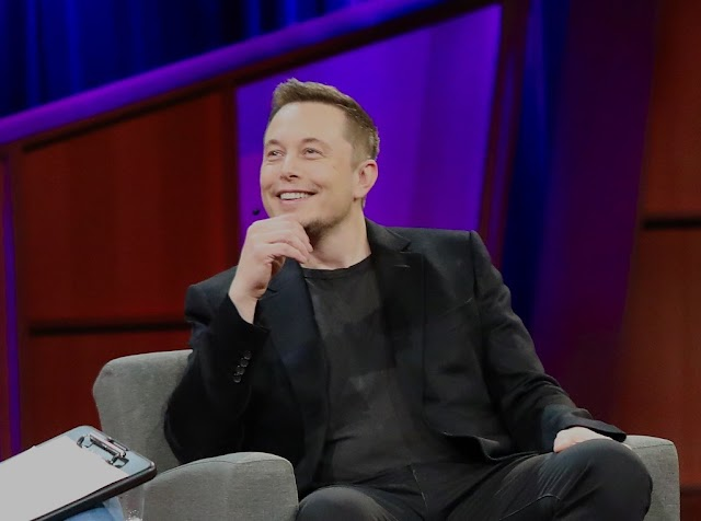 The incredible story of Elon Musk, bullied at school before becoming one of the most interesting people in tech