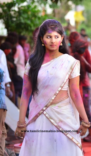 Tamil Actress Reshmi Menon Photo Gallery Wallpaper Images Hot