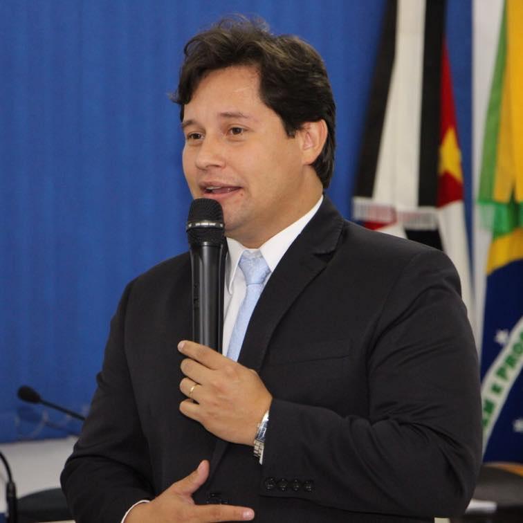 Júpter Furquim permanece mais uma gestão na presidência da ACIAJU em Juquiá