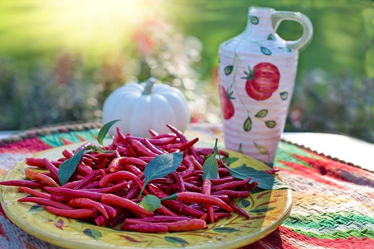 Careful! Eating too spicy can be dangerous for you