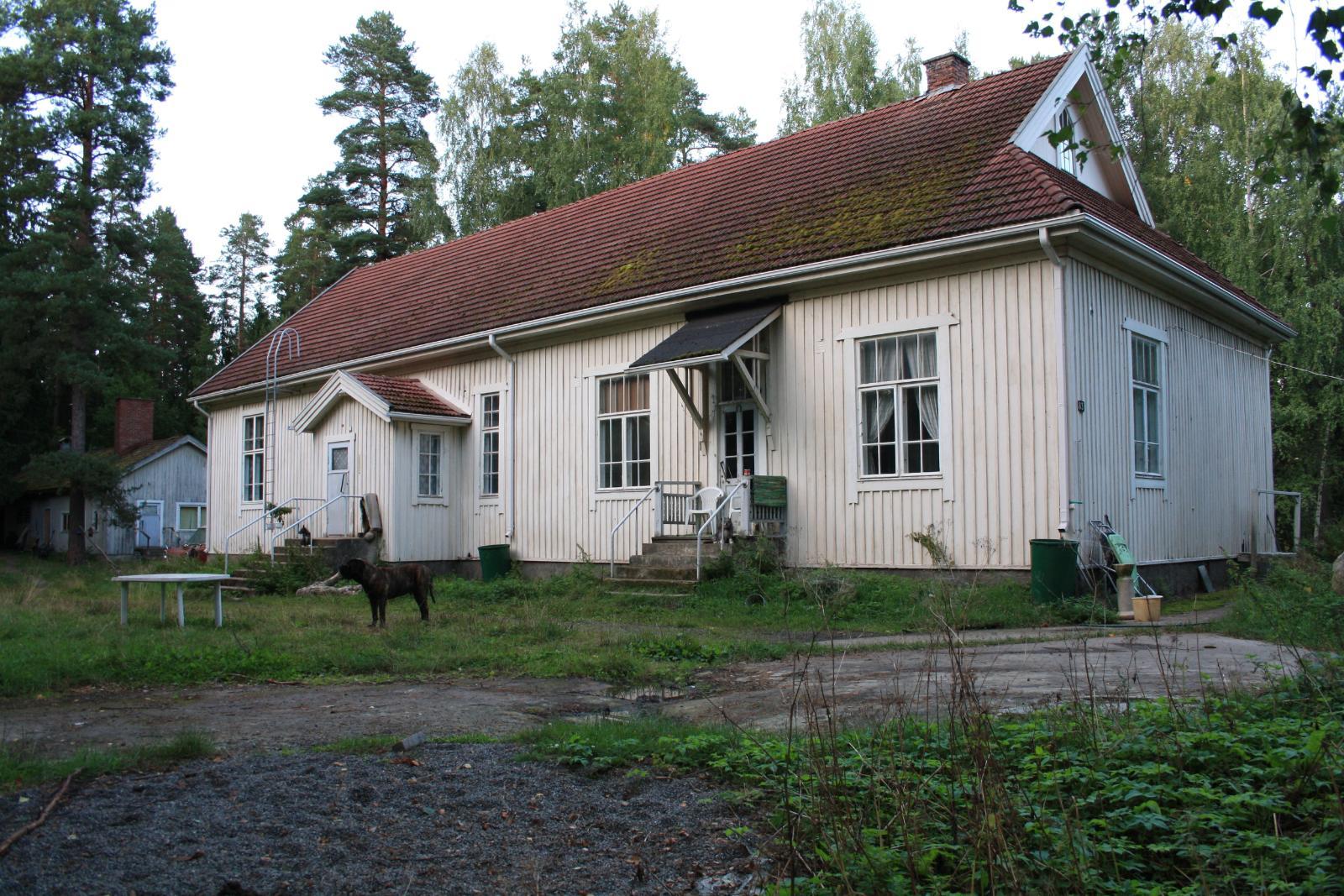 Myydään Vanha Koulu Uusimaa