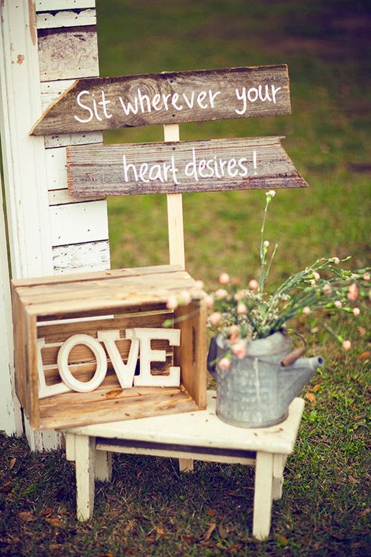 Rustic spring outdoor garden wedding decoration guide