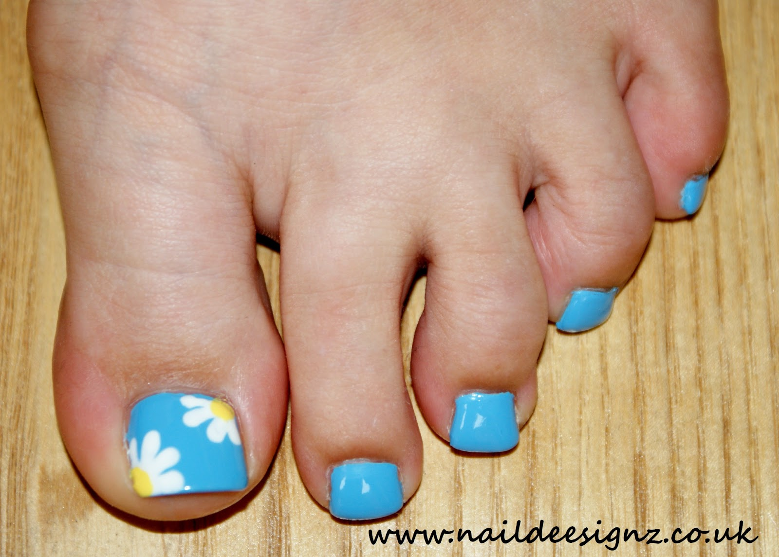 The Most Awesome Toe Nail Designs Daisy Intended For Your Reference