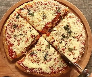Homemade chicken pizza recipe